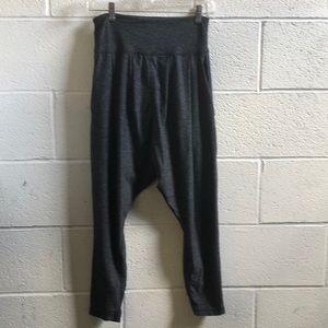 Lululemon gray baggy jogger pant sz 4 61496